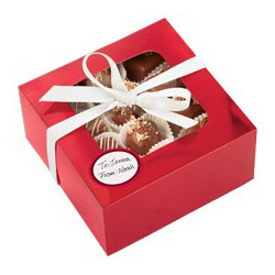 MEDIUM TREAT BOX RED FOIL 3CT