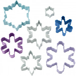 Wilton Cookie Cutter Assorted Snowflakes Set/7
