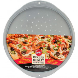 WILTON RECIPE RIGHT® PIZZA PAN/CRISPER -36CM