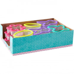 WILTON COOKIE CUTTER DISPLAY -EASTER GRIPPY
