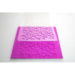 POLKA DOT IMPRESSION MAT